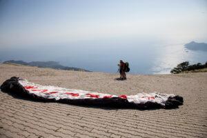 Fethiye'de yamaç paraşütü