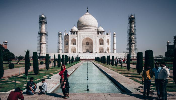 Taj Mahal'e nasıl gidilir