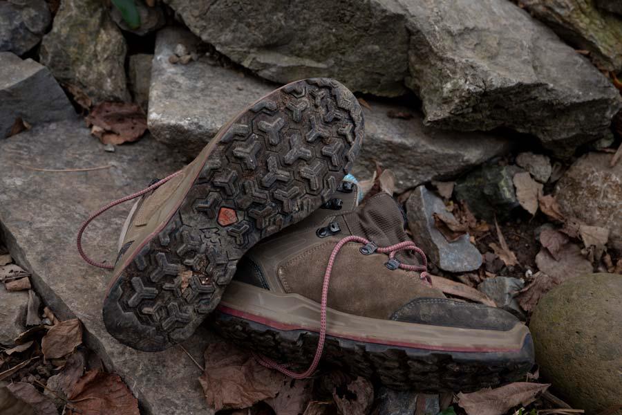 Yürüyüş ayakkabısı alırken nelere dikkat etmeli